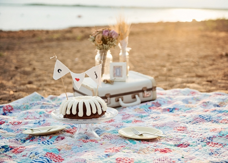 Picnic on the Beach Anniversary Session - Miranda Marrs Photography