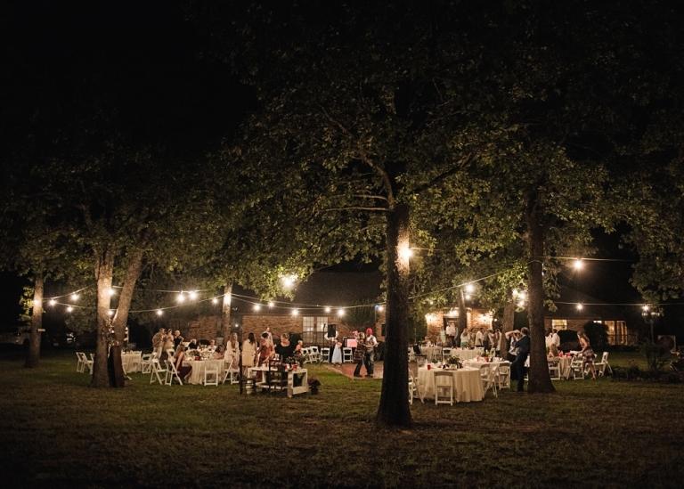 Backyard Argyle Wedding (Miranda Marrs Photography)